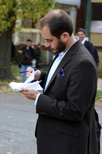 reporter_taking_notes