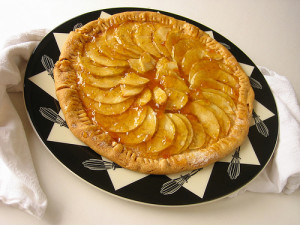 Apple Tart by WorthTheWhisk.com